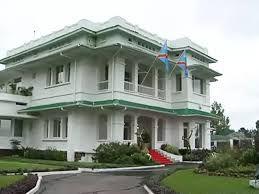Près de 800 conseillers au cabinet du Premier ministre  (Dircab)